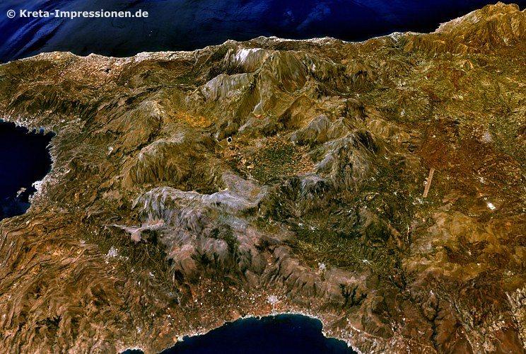 Lassithi-Ebene und Dikti-Massiv von Norden